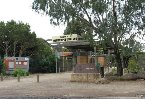 Werribee Open Range Zoo-entrance from carpark - Picture of ...