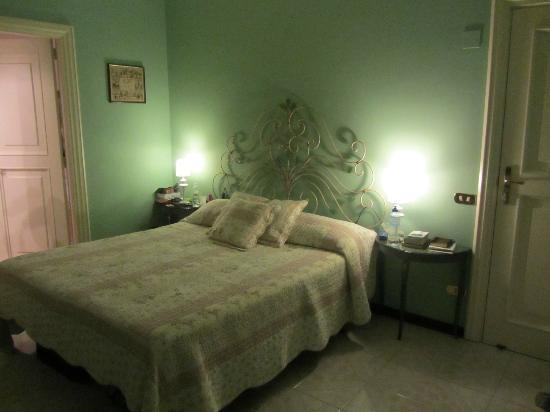 Villa Adriana Guesthouse Sorrento: Green room