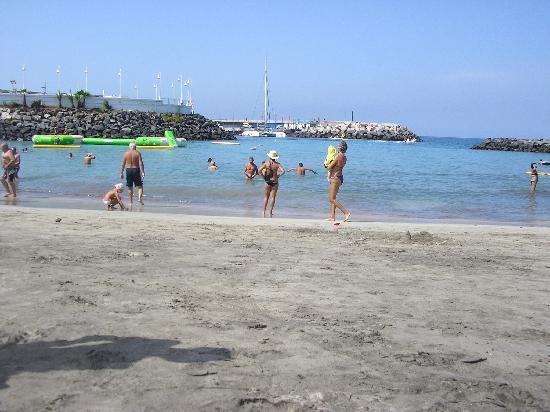 Laguna Park 1: Puerto colon beach (10 mins walk from the hotel)