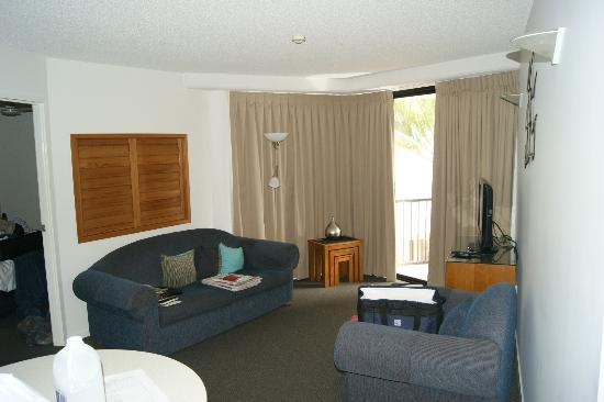 Ocean Boulevard Apartments: Lounge