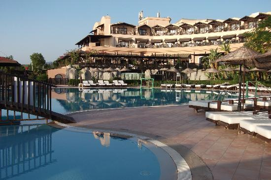 Hotel armas labada kemer turcia sejur avion timisoara for Hotel pistolas