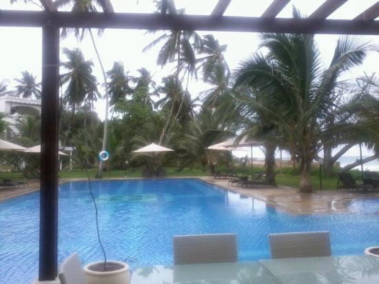 Lantana Galu Beach: swimming pool