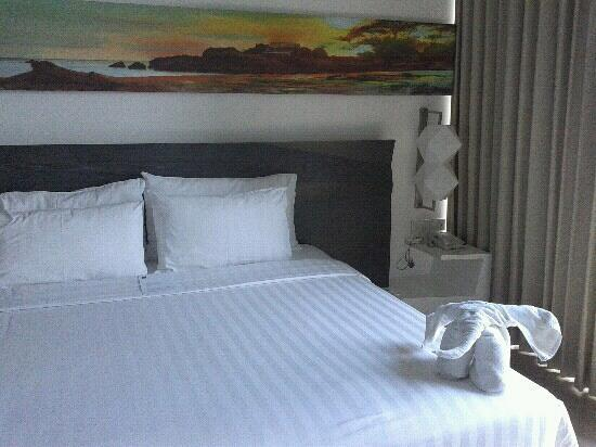 Hotel Novotel Lampung: bed room at third floor