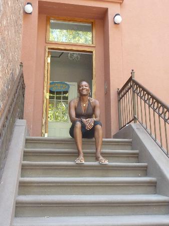 Chez Michelle: dans les escaliers de la maison