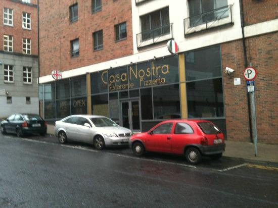 Casa Nostra Limerick: Fun place to eat