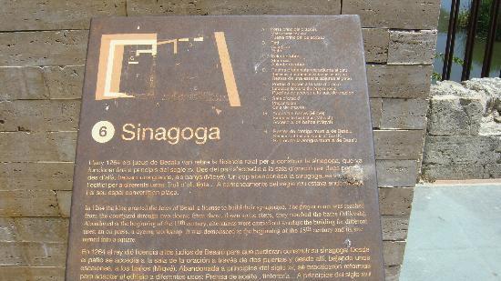 Miqve : Medieval Sinagogue