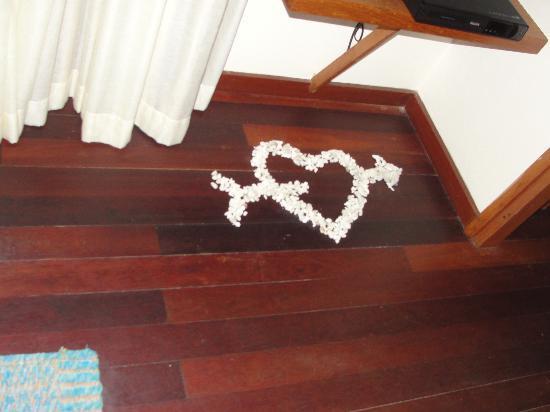 Anantara VeliMaldivesResort: A coral Heart