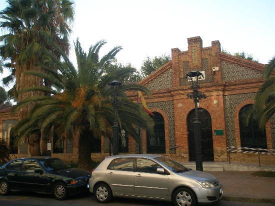 Eurostars Tartessos: edificio de la junta, mercado del carmen