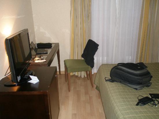 Eurostars Tartessos: habitacion