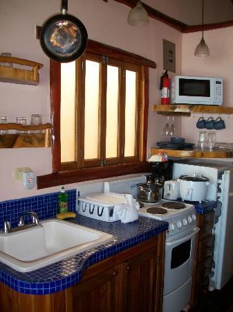 Samara Tree House Inn: Cocina
