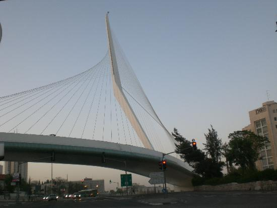 Jerusalem Gate Hotel: This bridge is next to the Hotel