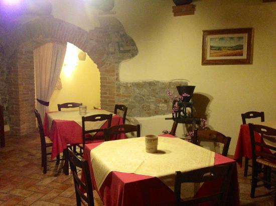 Agriturismo Casale delle Lucrezie: Il ristorante 
