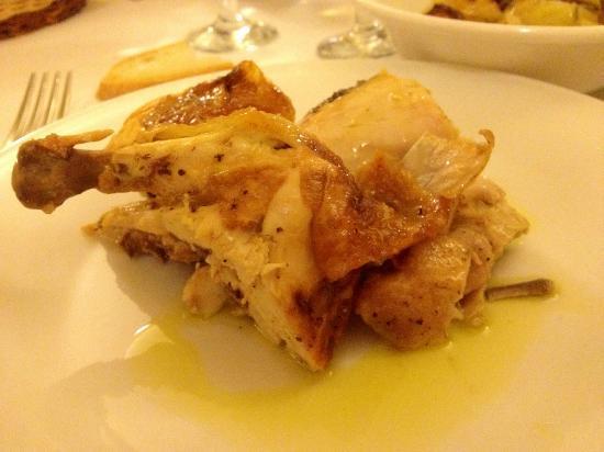 Agriturismo Casale delle Lucrezie: Pollo ruspante (molto buono)
