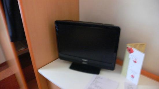 Ibis Bucuresti Gara de Nord: LCD Television