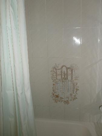 Hotel Canada: detalle de la ducha
