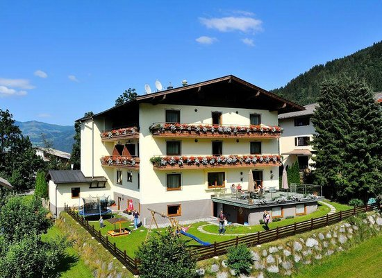 Hotel panorama kaprun austria reviews photos price for Hotel panorama hotel