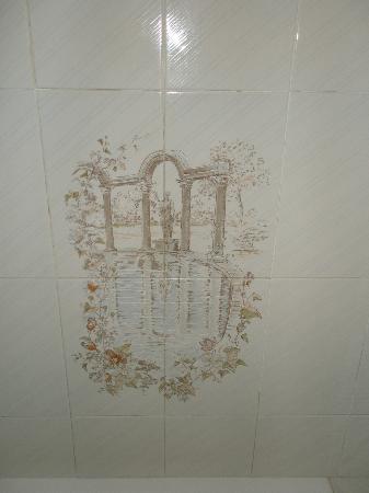 Hotel Canada: Detalle de la ducha, que me hizo gracia vaya, igual es de  los romanos
