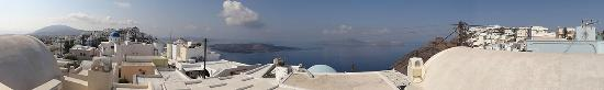 Reverie Santorini Hotel: Panoramic view from our roof-top balcony