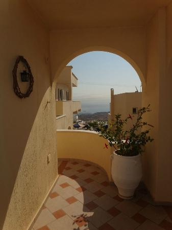 Reverie Santorini Hotel: Inside the hotel complex