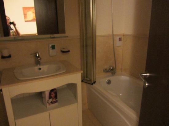 Phoenicia Comfort : baño