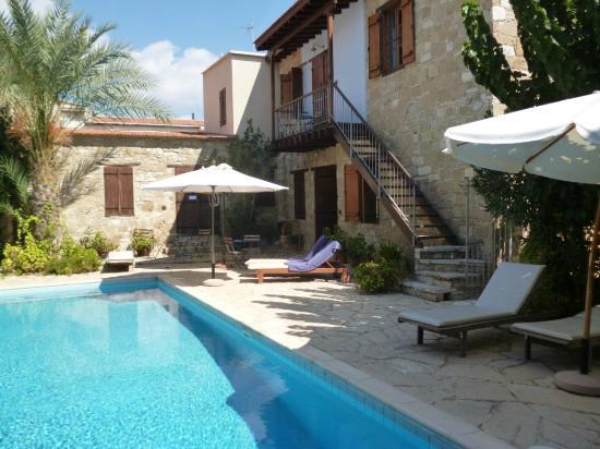 Filokypros Porfyrios Guest House