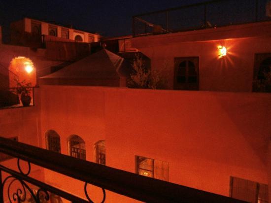 里亞德阿姆薩法飯店照片