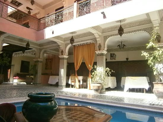 Riad Amssaffah: view from the comfy seats by the pool