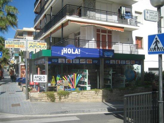 Hola-Ola: fachada
