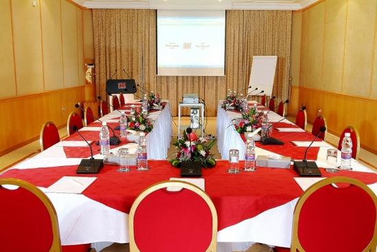 Merwebhotel Al Sadd Doha: Conference