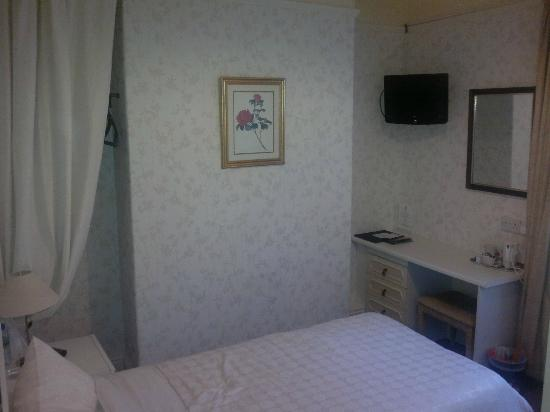 Cheltenham Lodge: Single bedroom