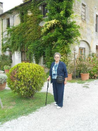 Agriturismo Ca' Danieli: Outside the farmhouse