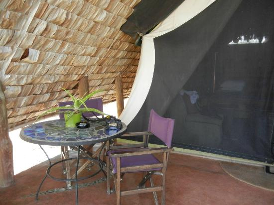 andBeyond Grumeti Serengeti Tented Camp : sitting area outside the tent