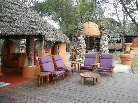 andBeyond Grumeti Serengeti Tented Camp : main area of the camp, great for viewing the many hippo pools