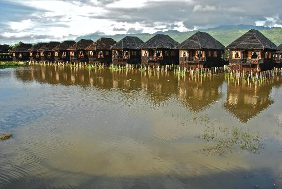 Myanmar Treasure Resort Hotel Rooms Chalets By Day Inle Lake