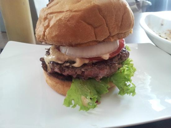 burger house veggie burger picture of burger house munich tripadvisor. Black Bedroom Furniture Sets. Home Design Ideas