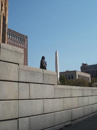 Buffalo City Hall: Fillmore looking at McKinley's Monument