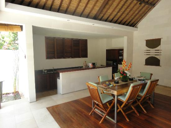 Villa Bali Asri: Villa 6 - The kitchen