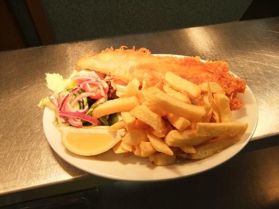 J & C's Chippy Restaurant: Haddock & chips