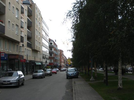 Hotel Aveny: Innenstadt-Hotel und trotzdem ruhig.