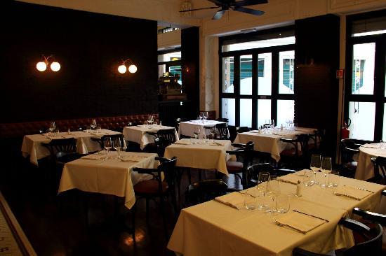 Old America Bar and Restaurant: Sala 1 - Panoramica