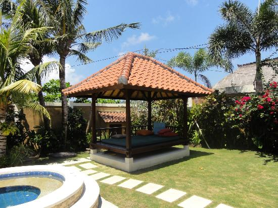 Villa Bugis: Villa Ginger - Day Bed