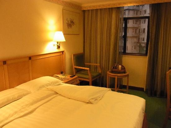 Metropark Hotel Mongkok: シングルルーム(8階・ダブルベッド)