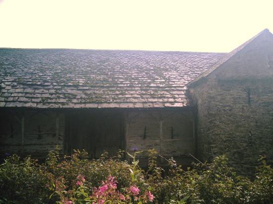 Townend: 16th Century Barn - still in use