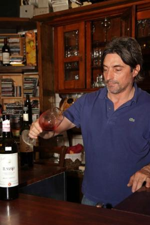 Enoteca Scali: The wine master
