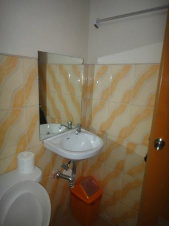 White Beach de Boracay: The bathroom