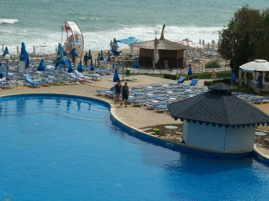 Helios Beach: Der Pool