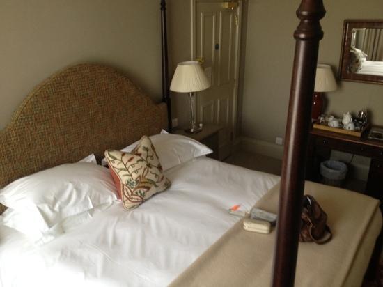 Methuen Arms Hotel: Room 2
