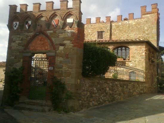 Castelletto di Montebenichi: montebenichi