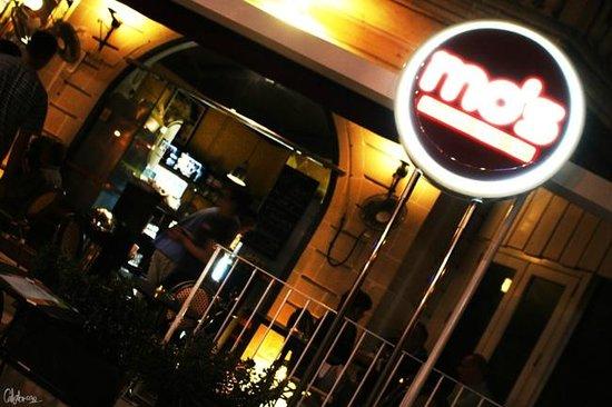 Mo's Diner: Mo's