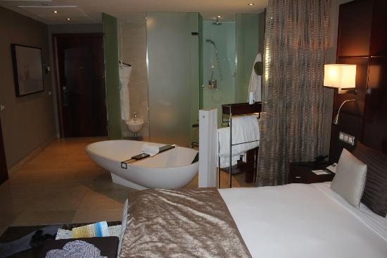 Premium room bathroom picture of hotel miramar barcelona Hotel original barcelone